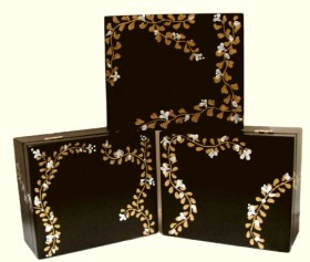 Black Tea Box with Swarovski Crystals Flowered Vines, Includes 44 TAZO Tea Bags 11 Flavors: Wild Sweet Orange, Awake! Black Tea, Refresh Herbal Mint Tea, Passion Herbal Tea, China Green Tips Tea, Calm Chamomile Herbal Tea, Green Ginger Tea, Chai Black Tea, Earl Grey Tea, Lotus Decaf Green Tea, Zen Green Tea, Hand Painted with Gold and White Roses, Rosettes