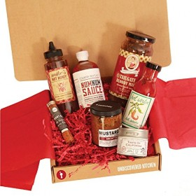 Gourmet Artisan BBQ Gift Box – Smoky Mustard, Hot Sauce, Spicy Honey, Bloody Mary Grilling Sauce