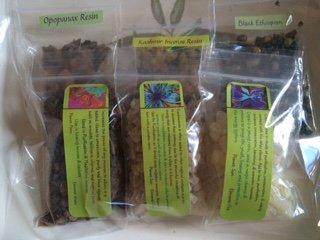 Incense Sampler: Frankincense ~ dark Myrrh ~ Opopanax ~ Copal ~ Kashmir ~ 6 Kinds 1/2 Oz Each ~ Ravenz Roost Resins